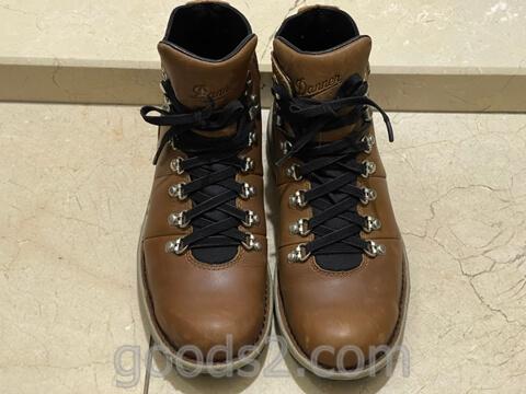 ヴァーティゴ917に伸びる靴紐を装着