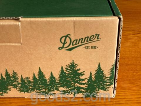 ダナー ヴァーティゴ917の箱正面横