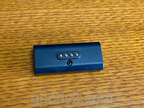 NichePhone-Sの充電用マグネットタッチ式DC端子の裏側